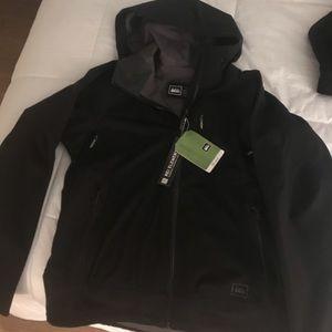 NWT REI (women's) taku jacket in black, size L